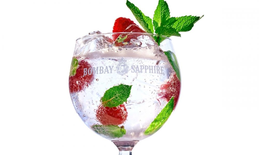 bombay_sapphire_-_gt_twist_-_raspberry_mint_cut_out_preview.jpg